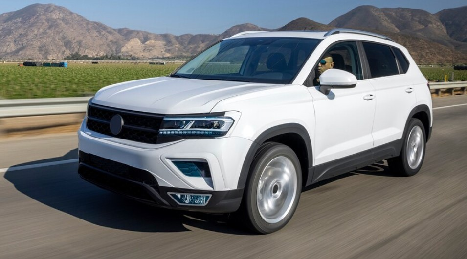 2022 Volkswagen Taos Interior Design and the Cargo Space